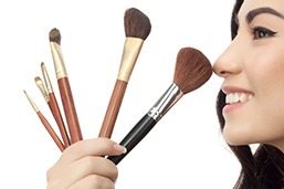 Personal Grooming and Make Up Course